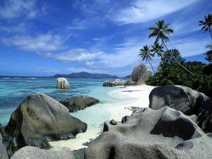 anse-source-d-argent-la-digue-island-seychelles_1600x1200_77520