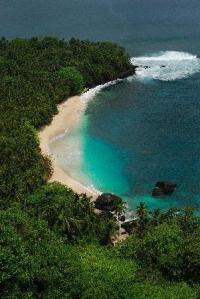 bom-bom-island-resort